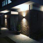 Verlichting op woning aangebracht